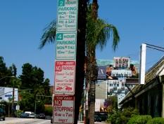 la signs.jpg